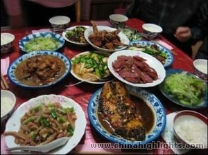 http://images.chinahighlights.ru/human-and-culture/eightchiesedishes/eight-chinese-dishes-m.jpg